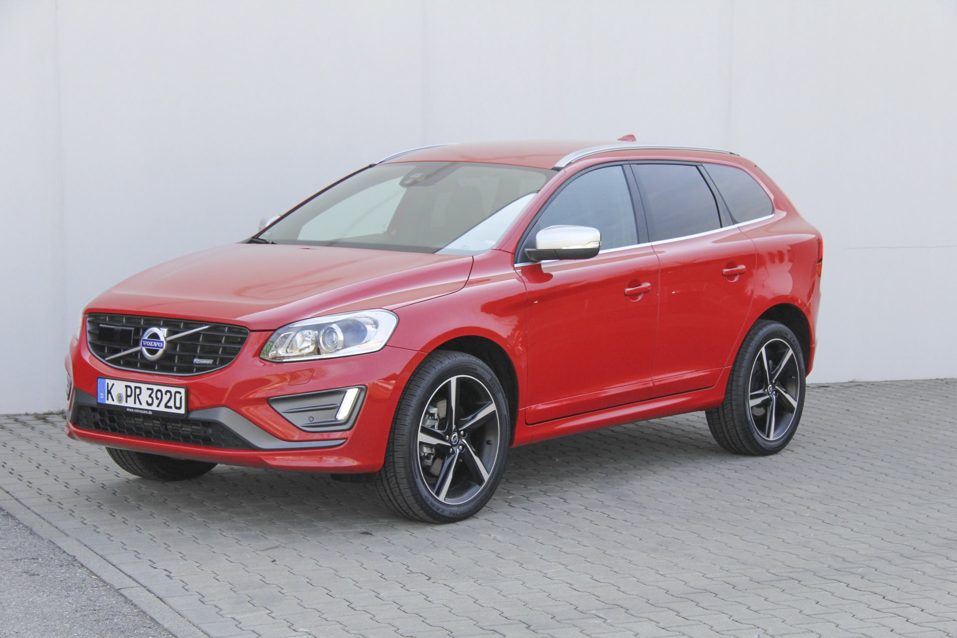 volvo xc60 test prijzen en specificaties. Black Bedroom Furniture Sets. Home Design Ideas