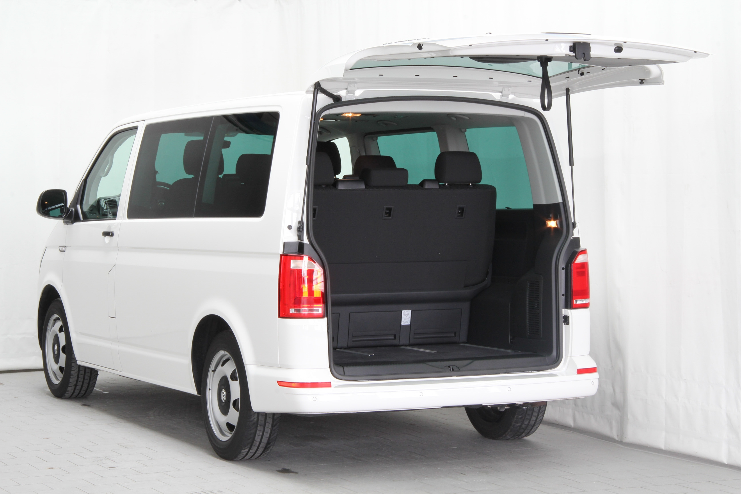 vw t6 multivan 2 0 tdi bmt test complet prix sp cifications. Black Bedroom Furniture Sets. Home Design Ideas