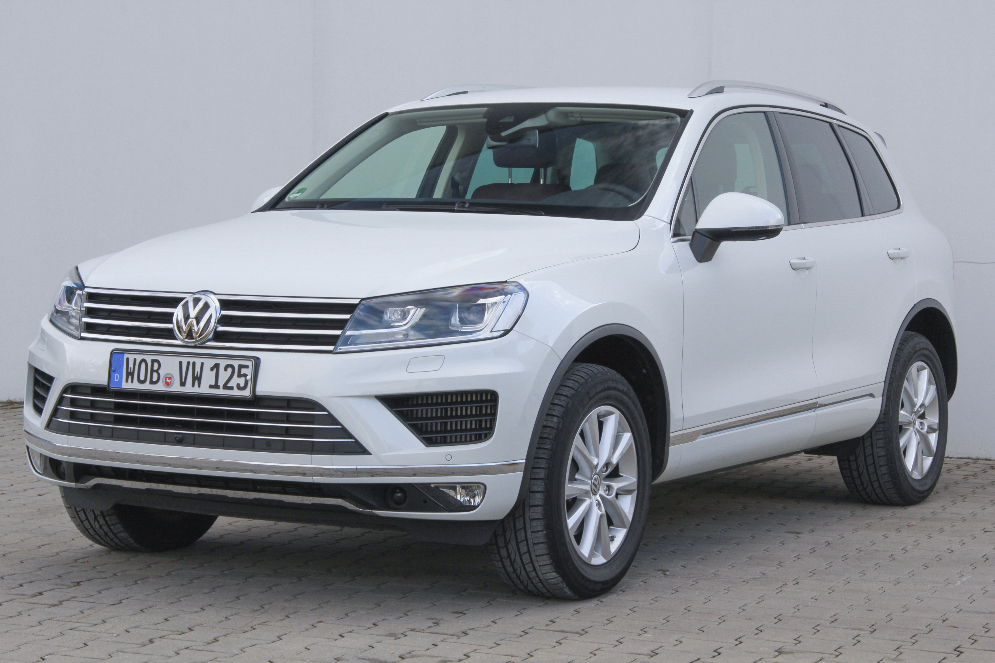 volkswagen touareg test complet prix sp cifications. Black Bedroom Furniture Sets. Home Design Ideas